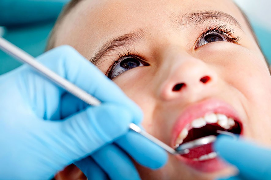 A Child's First Visit to the Dentist